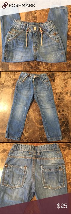 Boys Zara fashion jeans 👖 Boys Zara fashion jeans 👖 adorable design 2-3 y old 98 cm with elastic waistband 👍🏼looks like new ! Very well kept ! Zara Bottoms Jeans