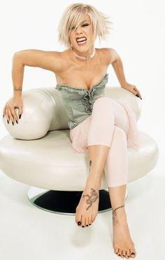 pinks-frog-foot-tattoo