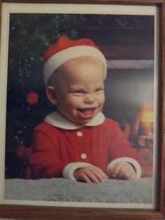 "lolfactory: "" My friend used to look like the grinch's illegitimate son "" Haha Funny, Hilarious, Funny Stuff, Funny Things, Creepy Stuff, Funny Shit, Random Stuff, Epic Fail Pictures, Funny Pictures"