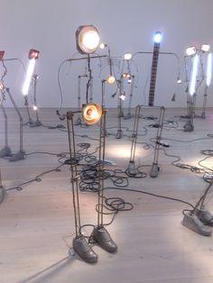 light robot people