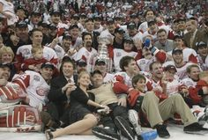 2002 Stanley Cup Champions  Detroit Red Wings Hockey Teams c5a63c6ed396