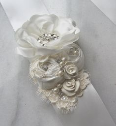 Ivory Bridal Sash, Wedding Gown Sash, Bridal Belt, Flower Sash, Ribbon Bridal Sash, White - ERIN
