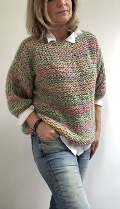 Super Knit Fashion Sweater Shirt Ideas Source by schniine fashion knitting projects for beginners Crochet Cardigan Pattern, Crochet Shirt, Sweater Knitting Patterns, Easy Knitting, Knitting For Beginners, Knitting Designs, Knit Crochet, Hat Patterns, Knitting Ideas