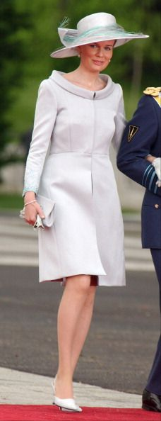 Princess Mathilde, I love the collar