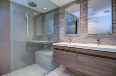 Contemporary Master Bathroom with Double sink, Undermount sink, Pentalquartz thassos bq Pentalquartz eggshell Bathroom Sink Drain, Double Sink Bathroom, Bathroom Spa, Small Bathroom, Master Bathroom, Double Sinks, Contemporary Shower, Undermount Sink, Modern Bathroom Design