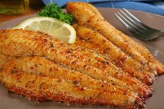 Baked Catfish Recipe – One Dish Honey Mustard Baked Catfish - This Baked Catfish Recipe without a coating is a break from traditional fried catfish. This very easy recipe is quick to prepare and uses ingredients you probably already have on hand. Baked Catfish Recipes, Cajun Recipes, Seafood Recipes, Cooking Recipes, Baked Catfish Fillets, Baked Whiting Fish Recipes, Recipes For Fish, Grilled Tilapia Recipes, Gastronomia