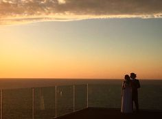Suerte de poder contar historias de amor como la de L+J. Una historia de película.  +info: hola@lovebodasyeventos.com  LOVE #weddingplanners #bodasbonitas #destinationweddings #Cádizsiquiero #love #amor #happy #feliz #sol #sun #sunset #Argentina #Cádiz #tuyyo #wedding #boda #bodasunicas #magia #inlove #playa #beach #beautiful #deco #decor #handmade #inspiration #microcuento #fashion #glam #glamour