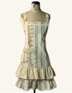 http://www.victoriantradingco.com/item/25-cl-2522980/101109/liserette-striped-roses-apron