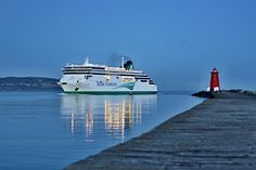 Irish Ferries coming Home to Dublin port by Jozef Svintek on 500px