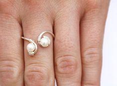 Perla e argento filo avvolto anello femminile di anderson1987