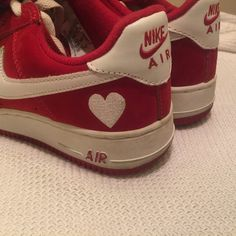"""@uglydrunk on Pinterest """"Nike Air Force 1 Low WMNS Valentines Day Special Edition """" mahalangelina on tumblr"""