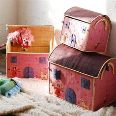 #Sustainable toy box
