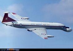 de Havilland DH-106 Comet C4, XW626, RAF, Farnborough, UK, September 1978 By Bob O'Brien Collection