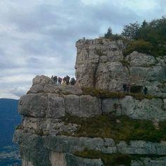 Monte #cengio #grandeguerra con le guide @Biosphaera uno splendido percorso lungo la celebre #granatiera