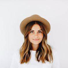 Ruth – Trilby Hat for Women Ruth – Short Brim Felt Hat Haircut Styles For Women, Short Haircut Styles, Cute Short Haircuts, Girl Haircuts, Short Hairstyles For Women, Bob Hairstyles, Trendy Hairstyles, Bangs Hairstyle, Hairdos