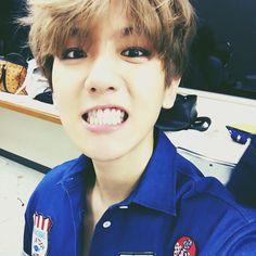 "Baekhyun | 150706 Instagram account update: "" 읙!!!!!!!!!!!!!! #표정소리"" Translation: "" Yeik!!!!!!!!!!!!!! #SoundOfThisExpression"