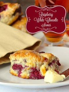 These raspberry white chocolate scones are a big fan favourite on Rock Recipes and have become a must have weekend brunch item for many. Just Desserts, Delicious Desserts, Yummy Food, Mexican Desserts, Party Desserts, Rock Recipes, Sweet Recipes, Brunch Recipes, Seafood Recipes
