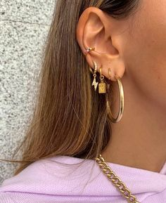 No Piercing Cartilage Ear Cuff Small Fantasy Turquoise Gold Dragonfly/piercing imitation/fake faux piercing/ohrclip/conch jacket manchette - Custom Jewelry Ideas Ear Jewelry, Cute Jewelry, Jewelery, Jewelry Accessories, Jewelry Ideas, Wedding Accessories, Tiny Stud Earrings, Crystal Earrings, Gold Earrings