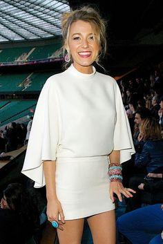 Celebrity look | Super chic white vaporous sleeved dress