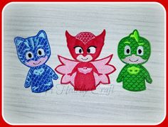 My Etsy listing at https://www.etsy.com/uk/listing/259605297/set-of-3-finger-puppets-blue-cat-green
