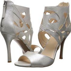 Nine West Fabeyana. Metallic Nine West heels so cute. Brand new and never been worn. Nine West Shoes
