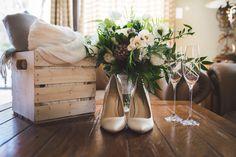 I'm a travel-loving destination wedding photographer based in Muskoka, outside of Orillia, ON. Destination Wedding Photographer, Great Photos, Wedding Planning, Wedding Decorations, Decor Ideas, Bride, Beautiful, Home Decor, Wedding Bride