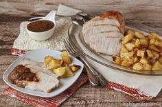 Lomo de cerdo al horno con patatas y salsa de verduras