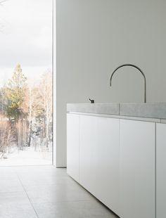 Modern block kitchen. Palmgren House by John Pawson. © Gilbert McCarragher.