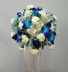 Google Image Result for http://www.valleyflorist.com/images/orchid-_carns_bouquet.jpg