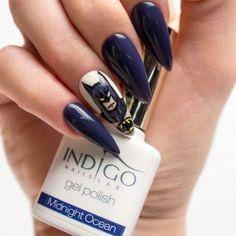 Color Gel Polish Indigo Nails Lab #gelpolish #Midnightocean #blue #nailart #torino #nailartist #indigonailspiemonte #indigonails #colorful #loveindigonails
