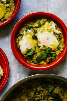A hearty pot of richly spiced Indian-ish dhal gets brunch-ified in this recipe for dhal-baked eggs. Vegetarian Casserole, Vegetarian Breakfast Recipes, Vegetarian Main Dishes, Vegetarian Appetizers, Vegetarian Soup, Meatless Recipes, Brunch Recipes, Fast Healthy Meals, Easy Weeknight Meals