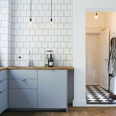 Kakel över hela köksväggen 15*15                                                                                                                                                                                 More #retrohomedecor