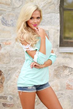 I Knew I Loved You Top - Mint from Closet Candy Boutique Chic Outfits, Girl Outfits, Beautiful Blonde Girl, Girl Celebrities, Foto Pose, I Love Girls, Sexy Jeans, Sexy Hot Girls, Country Girls