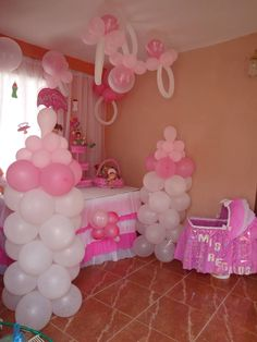 the interesting patterns of baby shower decoration ideas are easily available all over the net. So don't waste time and decorate your baby shower occasion with beautiful décor ideas. Easy Baby Shower Games, Simple Baby Shower, Baby Shower Favors, Baby Shower Gifts, Baby Balloon, Baby Shower Balloons, Unisex Baby Shower, Baby Boy Shower, Baby Showers