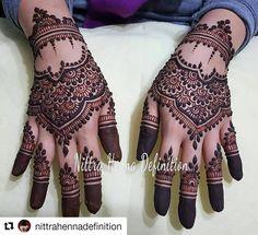 #follow@hennafamily #hennafamily #Repost @nittrahennadefinition  Yasssss to neat cappings! Thanks Arifah! Hahahah #NittraHennaDefinition #NittraHD #safehenna #henna #hennaart #hennatattoo #tattoo