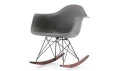 Edición especial Eames Plastic Chair RAR Winter de Vitra