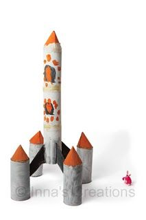 Toy rocket from toilet roll tubes