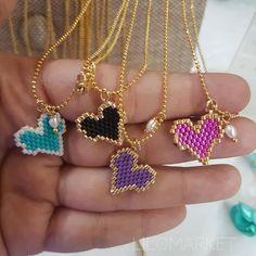 Diy Jewellery, Jewelry, Brick Stitch, Beading Tutorials, Hamsa, Bracelet Patterns, Projects To Try, Gold Necklace, Mary