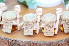 Honey jar favors honey jar favors, honey packaging, jam and jelly, welcom. Modern Wedding Favors, Honey Wedding Favors, Candle Wedding Favors, Candle Favors, Honey Jar Favors, Giveaways, Honey Packaging, Baby Shower Favors, Bridal Shower