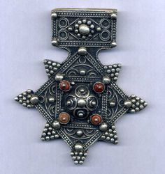 """Morocco - Mauritania - Rare large cross """"Boghdad"""" silver and four coral beads in    US $350.00"""