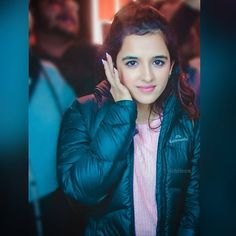 Thank you Thank you to each and everyone from Thanks to u who supported unconditionally. Beautiful Eyes, Beautiful Women, Shirley Setia, Rihanna Photos, Girly Pictures, Beauty Full Girl, Cute Faces, Woman Crush, Indian Girls