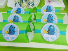 SD Eventos: BUSCANDO A DORY! Finding Dory birthday party Finding Dory sweet table Candy Bar Buscando a Dory Box Pillow box Cajitas Golosineras