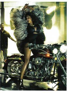 toccara jones black italian vogue001 Toccara Jones For Italian Vogue Black Issue