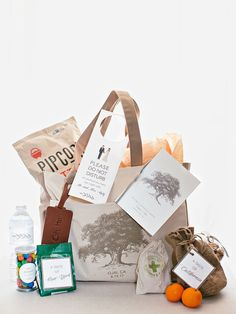 """Welcome totes were filled with New York– and L.A.– inspired snacks and """"Oh Hi"""" leather luggage tags—a nod to Ojai, their wedding locale. Wedding Themes, Wedding Tips, Luxury Wedding, Wedding Cakes, Party Wedding, Welcome Bags, Welcome Gifts, Hawaii Destinations, Yosemite Wedding"""