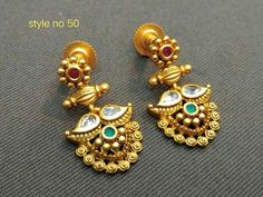 Jewelry Meaning As A Gift Jewellery Online Kl! Indian Jewelry Earrings, Gold Jhumka Earrings, Gold Earrings Designs, Indian Wedding Jewelry, Jade Jewelry, Gold Jewellery Design, India Jewelry, Quartz Jewelry, Indian Bridal