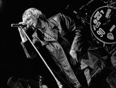 Layne Staley, Tortured Soul, When I Die, Alice In Chains, Rock Legends, Most Beautiful Man, Rock Music, British Columbia, Vancouver