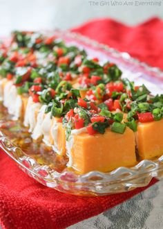 Marinated Cheese Appetizer - a colorful array of cheese topped with a vinaigrette and fresh herbs. {The Girl Who Ate Everything} (Cheese Appetizers) Cheese Appetizers, Finger Food Appetizers, Yummy Appetizers, Appetizers For Party, Finger Foods, Appetizer Recipes, Cheese Food, Cheese Party, Cheese Plates