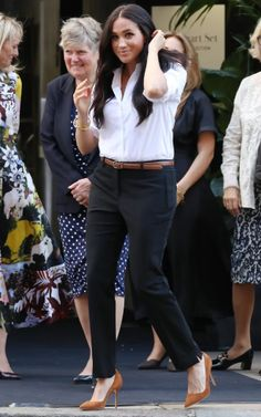 Meghan Markle at the fashion line launch event on September 12 Fashion Line, White Fashion, Love Fashion, Fashion Outfits, Meghan Markle Outfits, Meghan Markle Style, Meghan Markle Fashion, Classy Casual, Classy Outfits