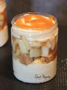 Parfait poire et caramel au beurre salé/sablé breton façon Tiramisû. Remplacer par du Skyr