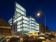 BCN Office Building| Barcelona, Spain | MIAS Arquitectes | photo Jordi Bernad